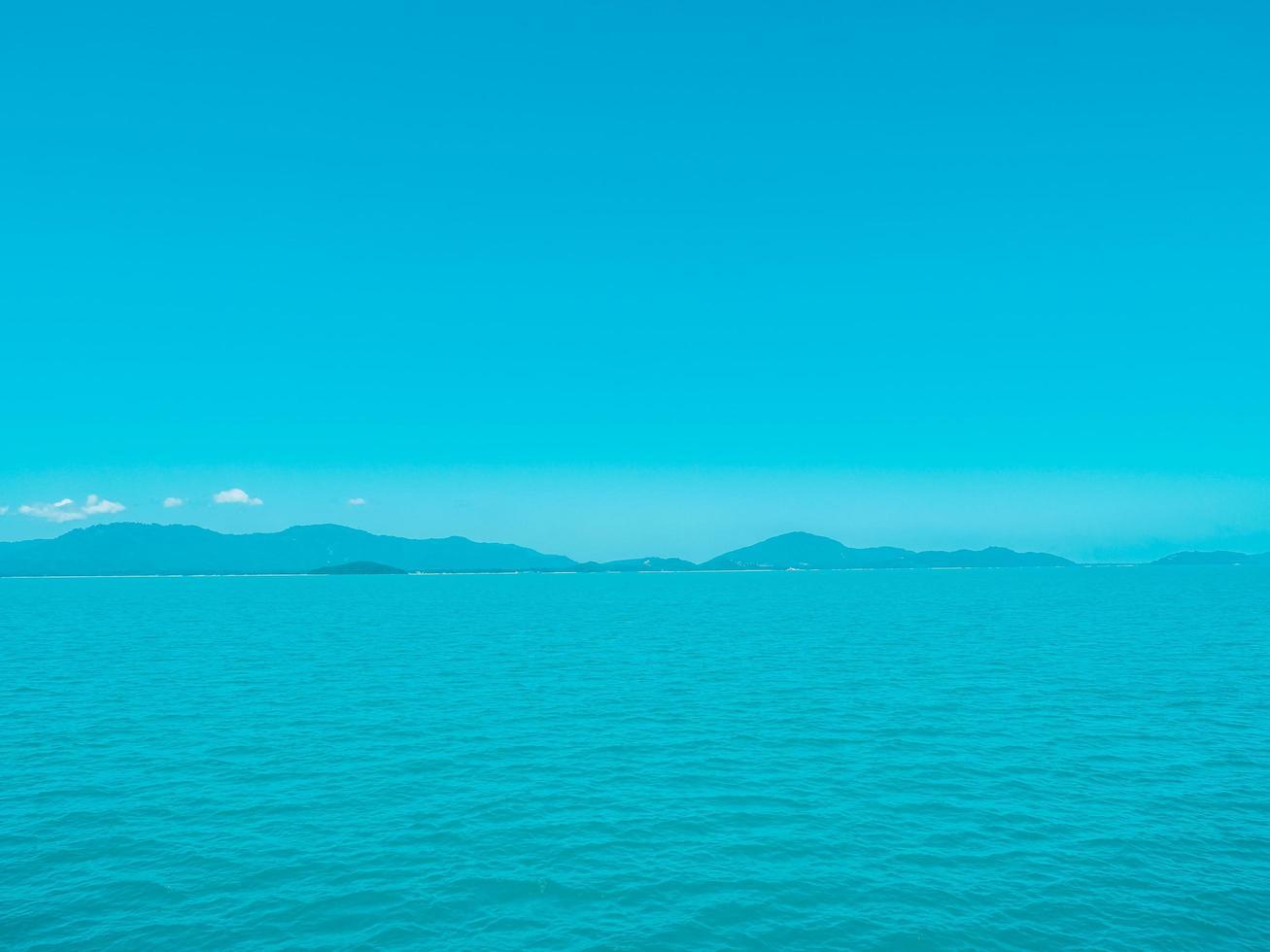 bellissimo mare tropicale foto