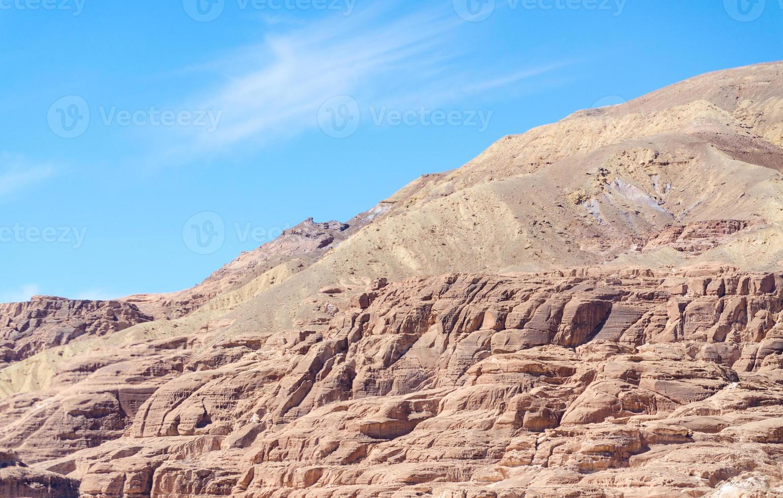 paesaggio di montagna nel deserto foto