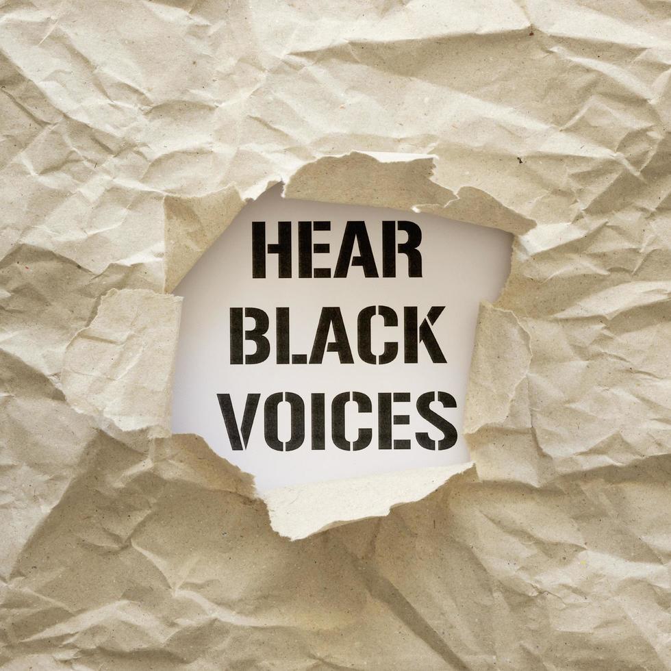 sentire voci nere segno di protesta foto
