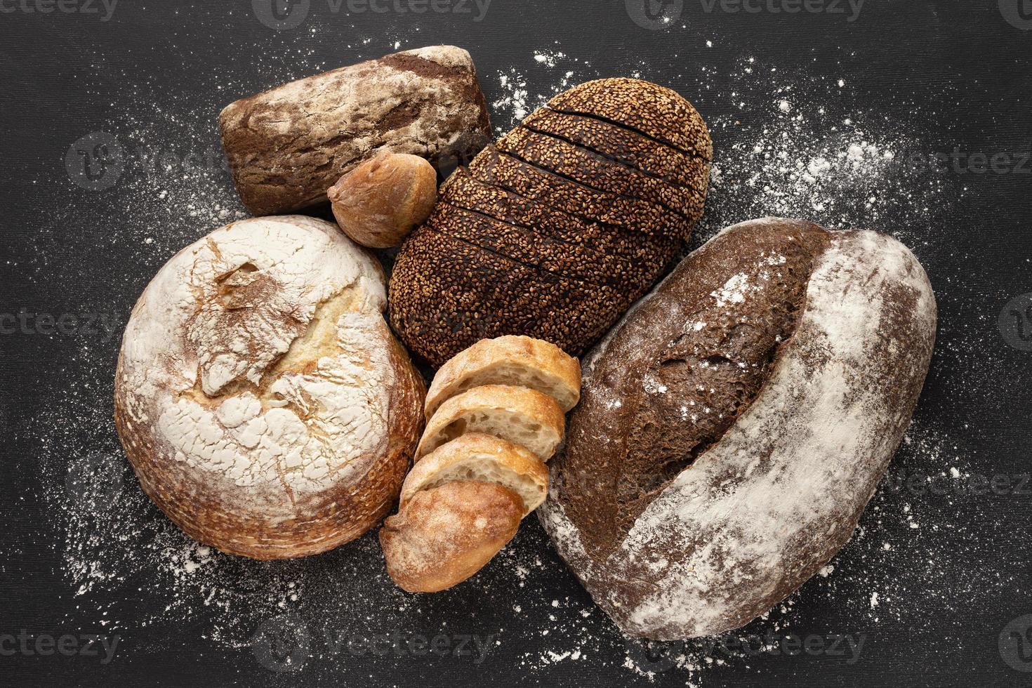 concetto di pane delizioso piatto laici foto