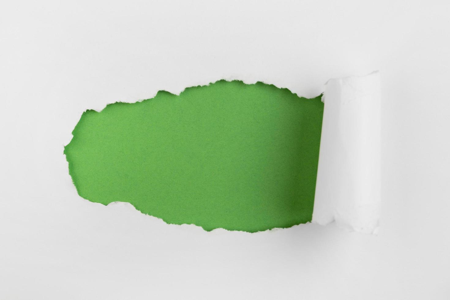sfondo di carta verde sbriciolato foto