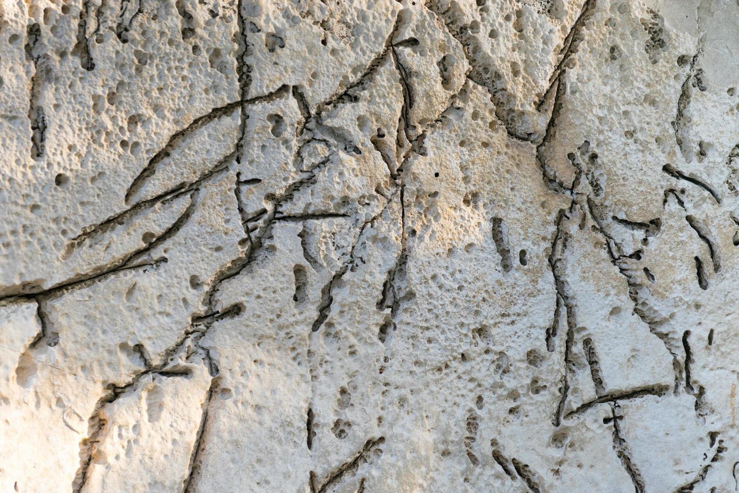 fondo con superficie in pietra piatta, colore brillante e lunghe strisce scure foto
