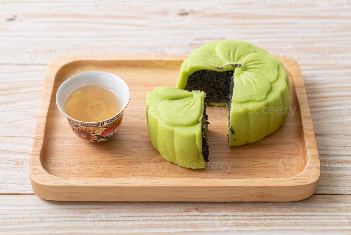 torta di luna cinese aroma di tè verde green foto