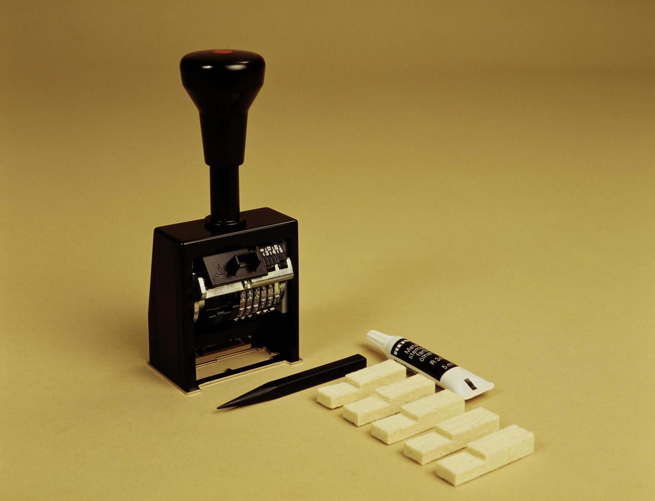 timbro manuale in gomma foto