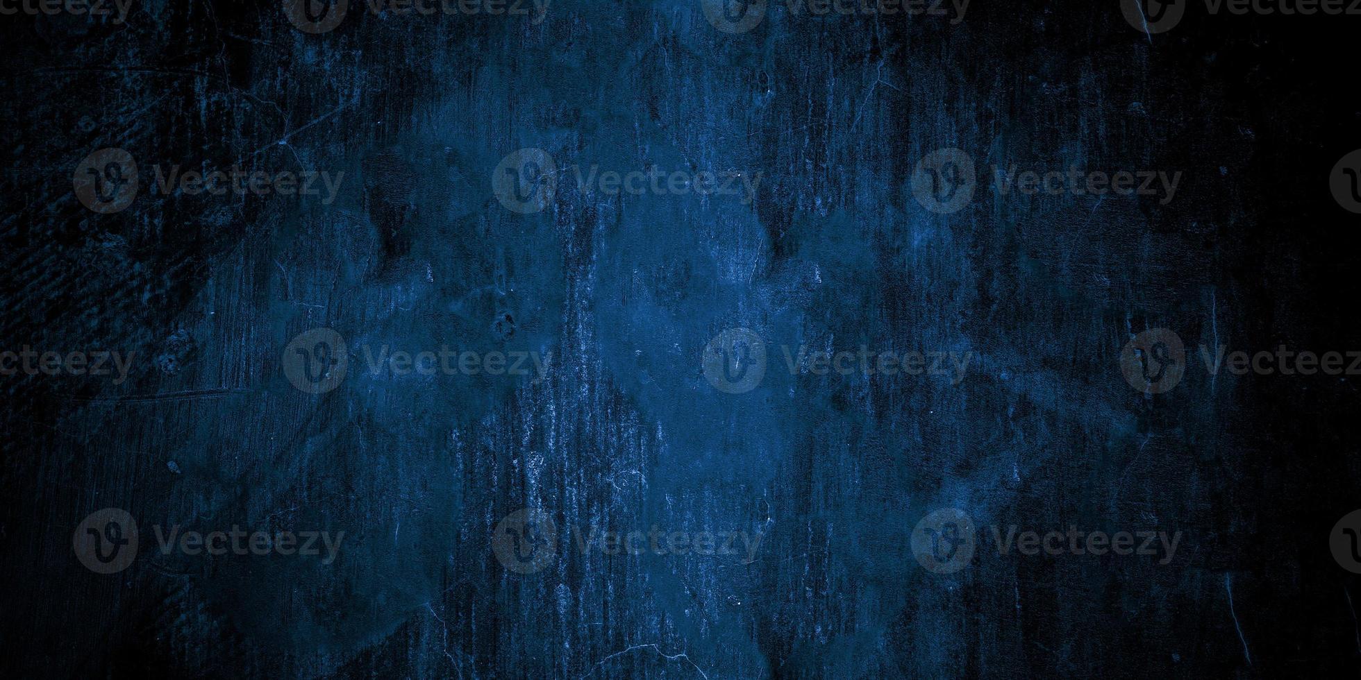 muro incrinato blu scuro spaventoso per lo sfondo foto
