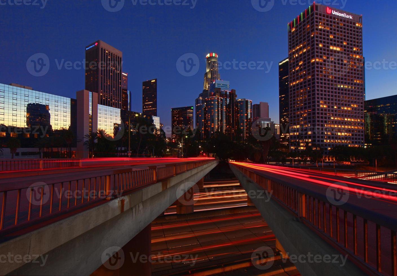 città di los angeles di notte foto