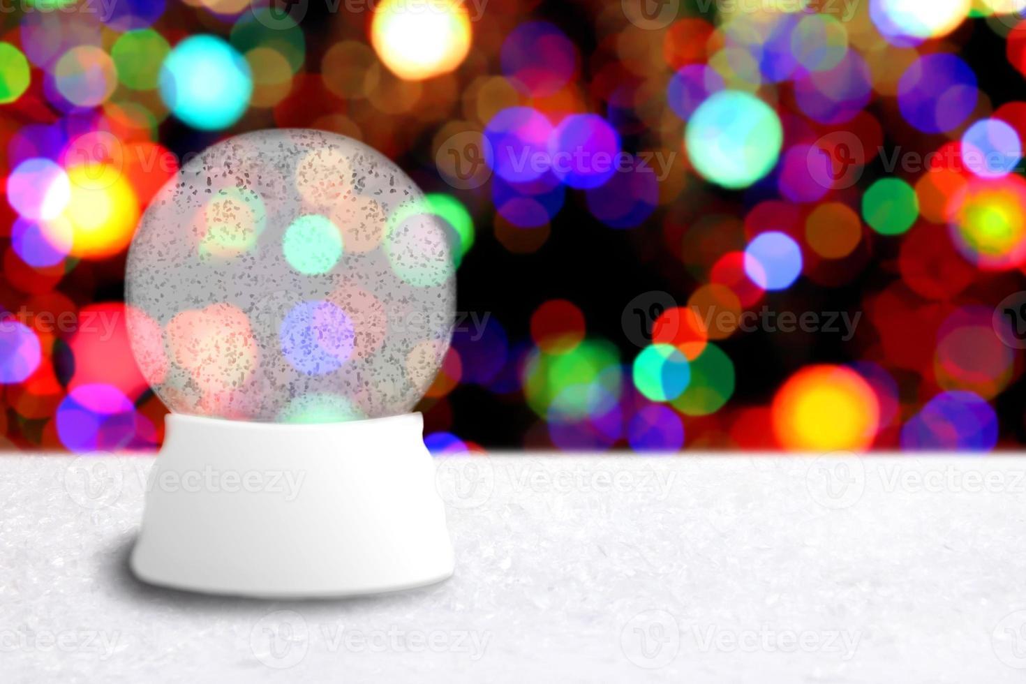 globo di neve di natale vuoto con sfondo di vacanza foto