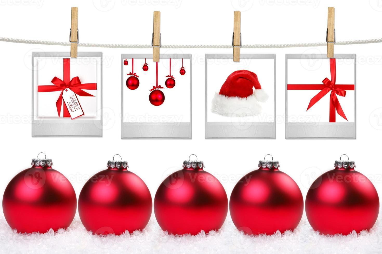 spazi vuoti di film con immagini di oggetti a tema natalizio foto