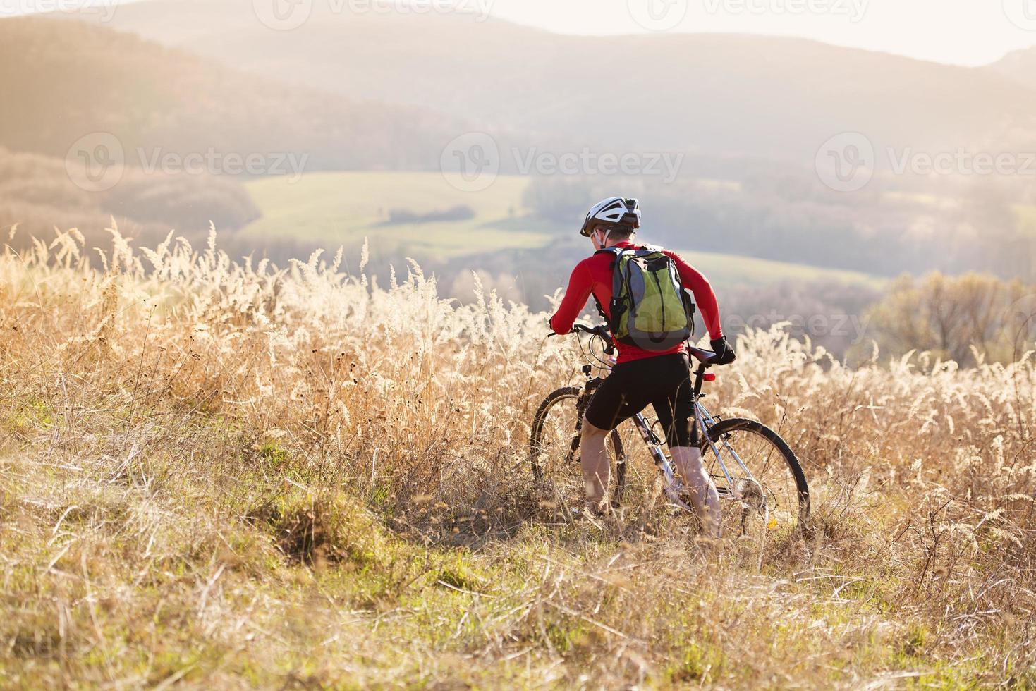 ciclista di mountain bike foto