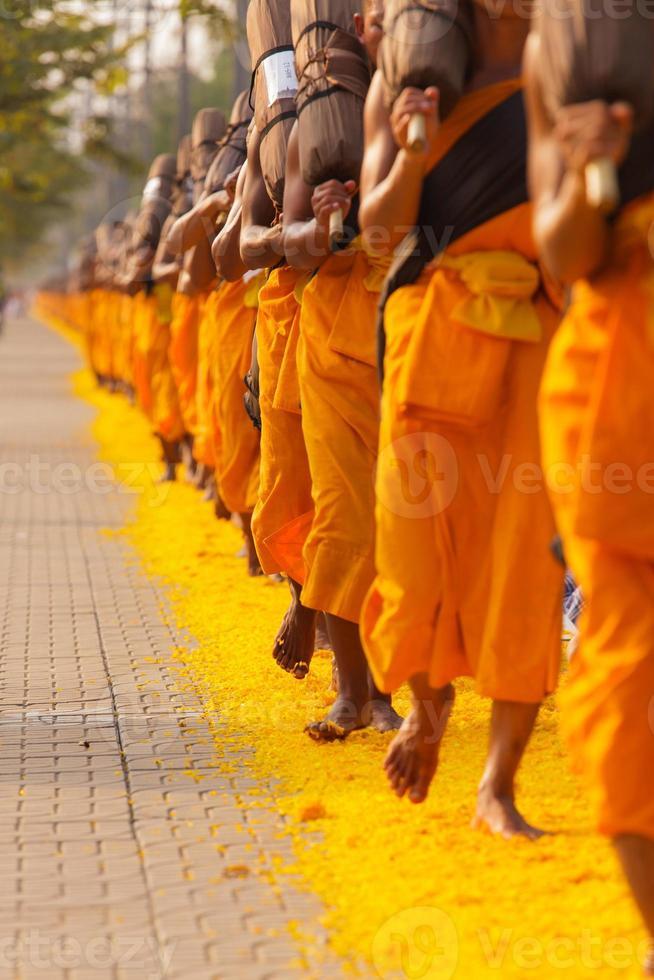 monaci in thailandia foto