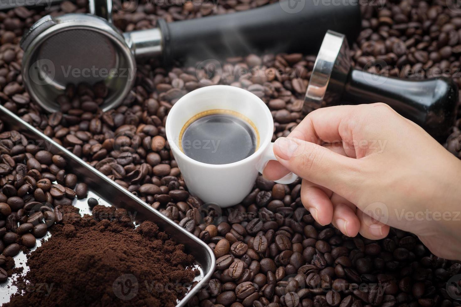 mattina fresca con caffè espresso fresco foto