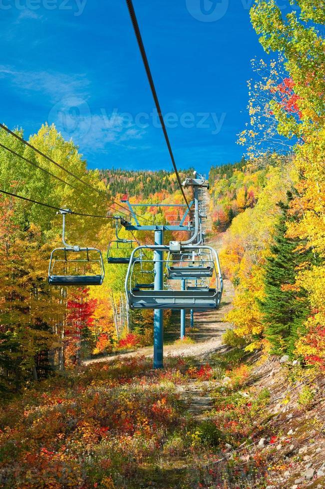 stazione sciistica canadese in autunno foto