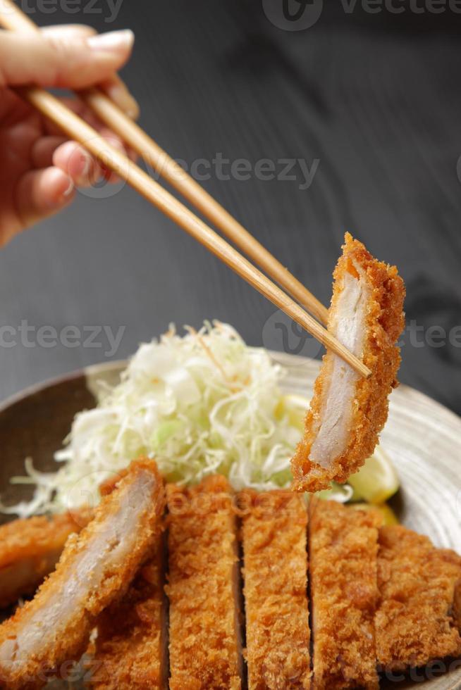 tonkatsu di cotoletta di maiale giapponese foto