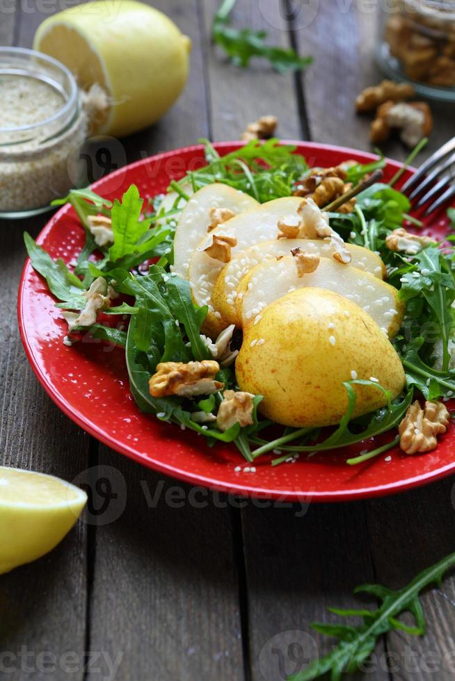 insalata invernale con pera bera foto