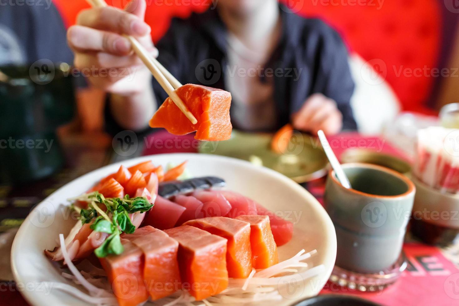 set di sashimi cibo giapponese foto