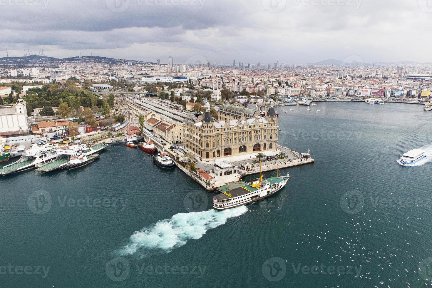 vecchia stazione ferroviaria di Istanbul haydarpasa foto