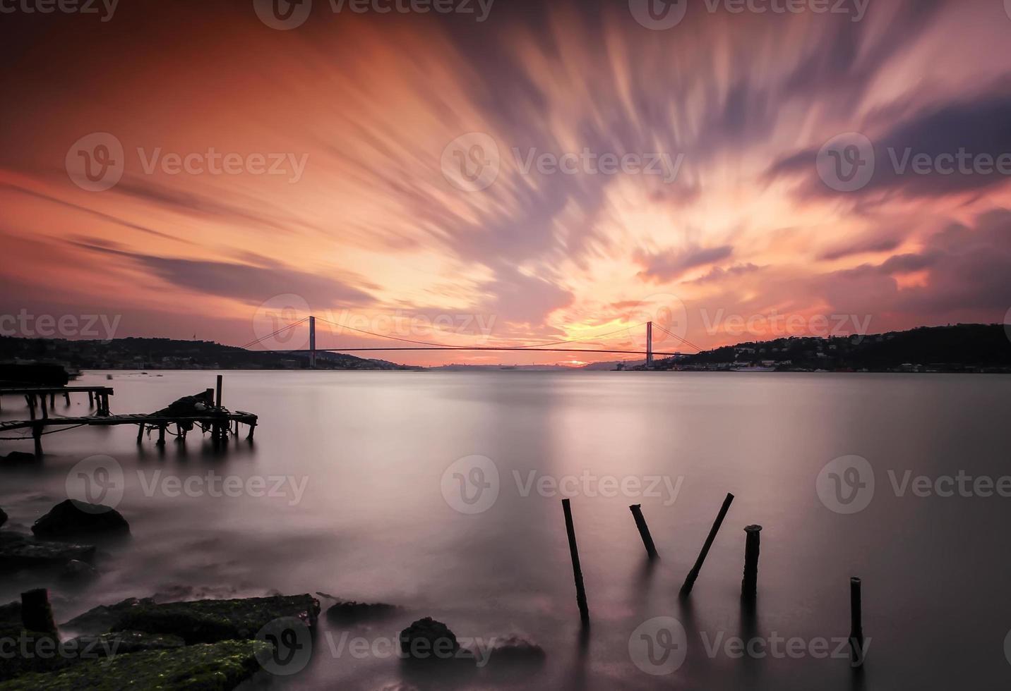 ponte sul Bosforo a lunga esposizione foto