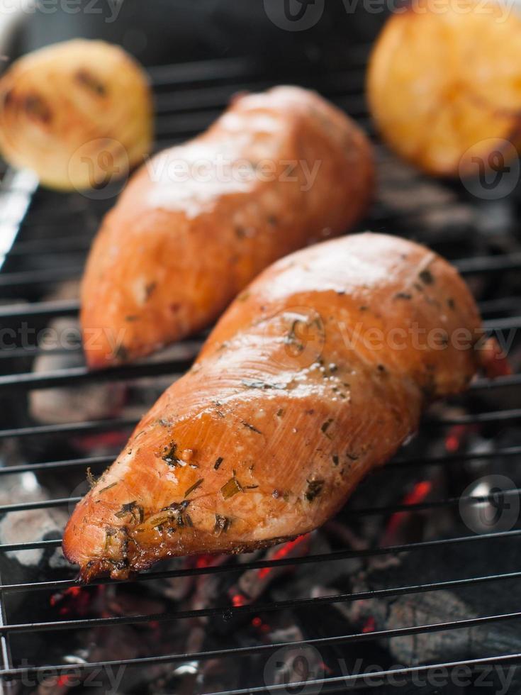petto di pollo grigliato foto