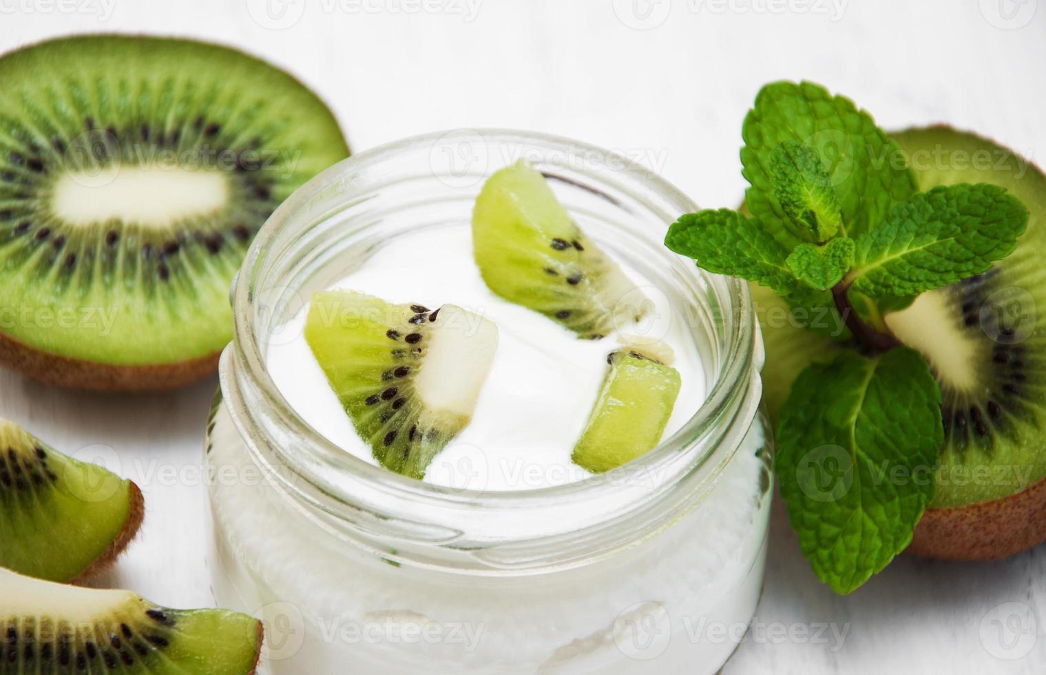 yogurt al kiwi foto