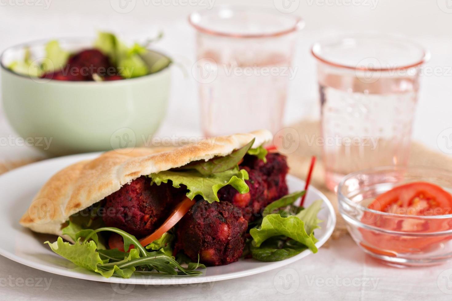 falafel di barbabietola foto