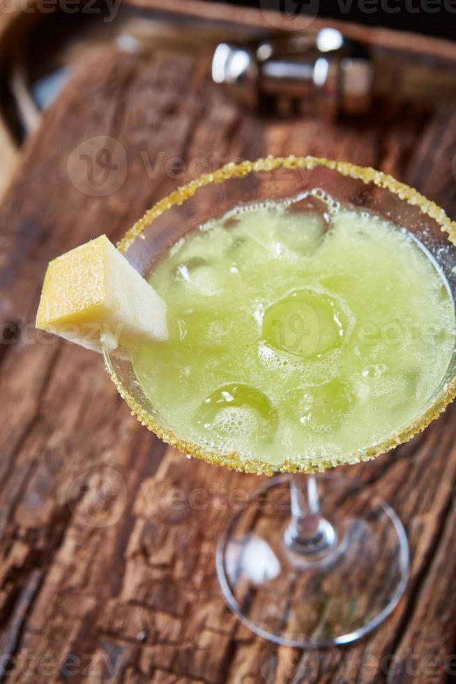 cocktail al melone margarita verde foto