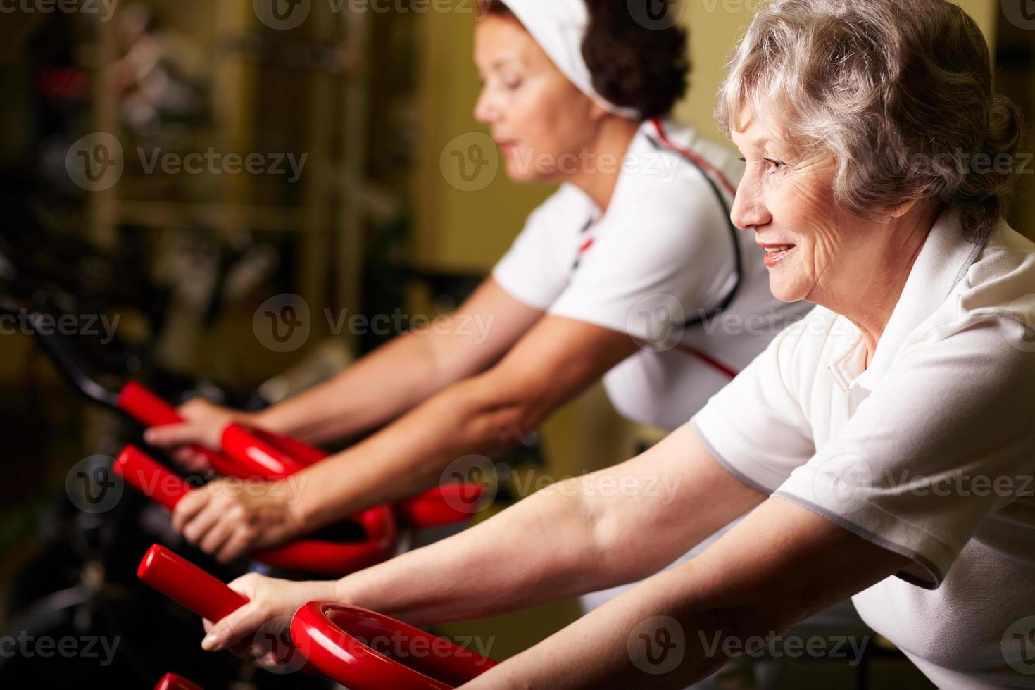 formazione degli anziani foto