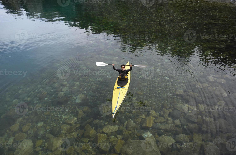 kayak da mare in patagonia foto
