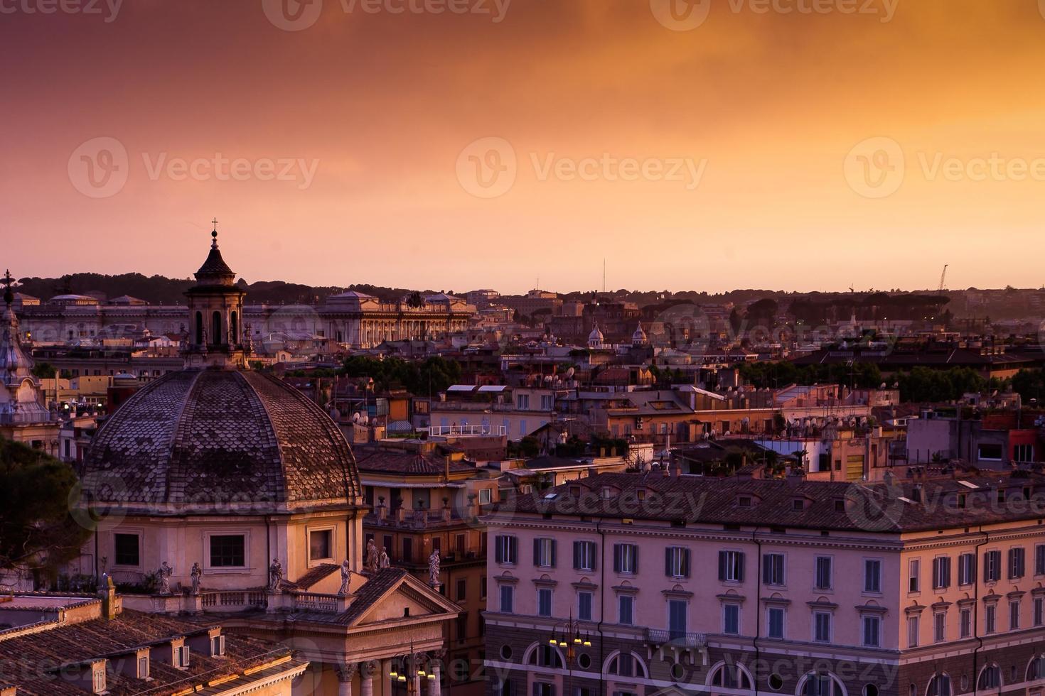 tramonto colorato di Roma foto