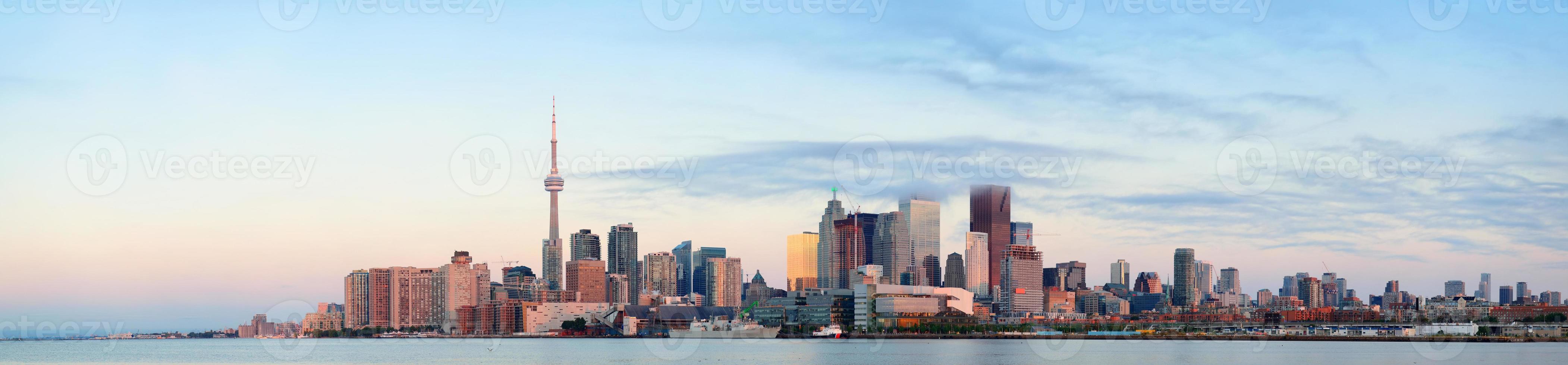 Alba di Toronto foto