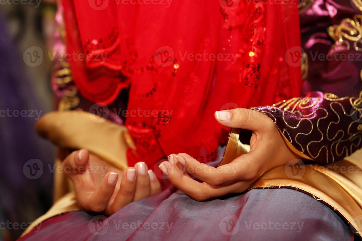 cerimonia tradizionale del hennè prima del matrimonio in Turchia foto