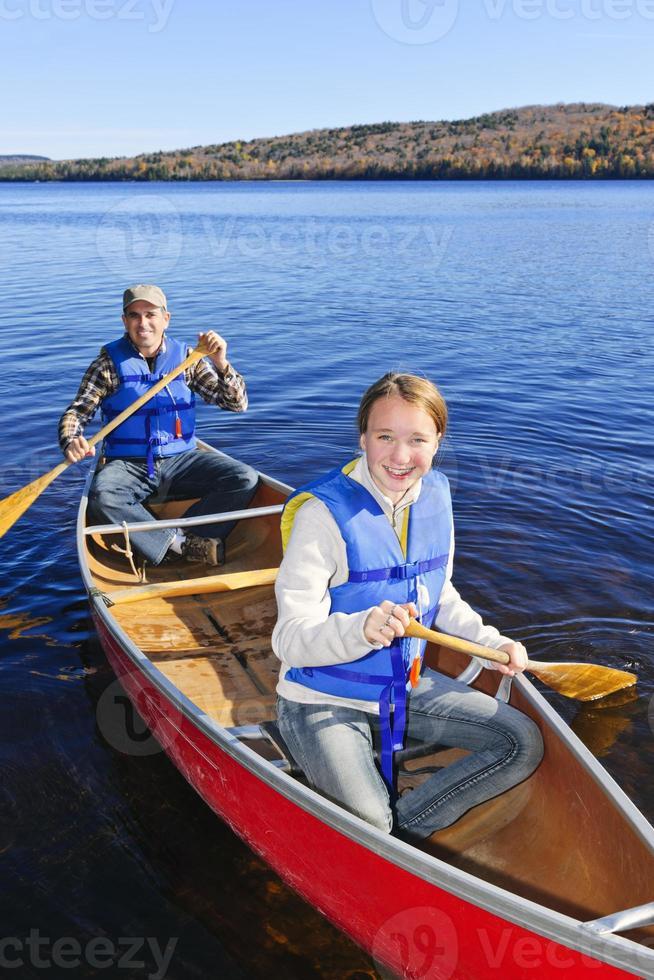gita in canoa familiare foto