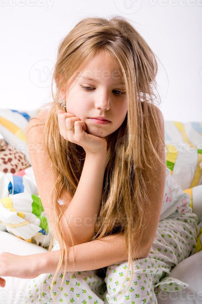 giovane bambino depresso foto
