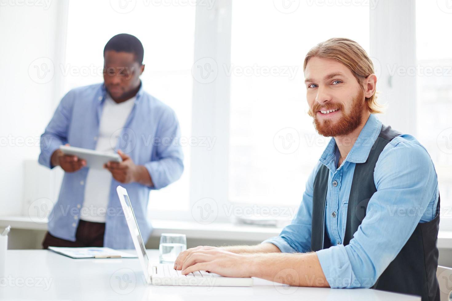 manager al lavoro foto