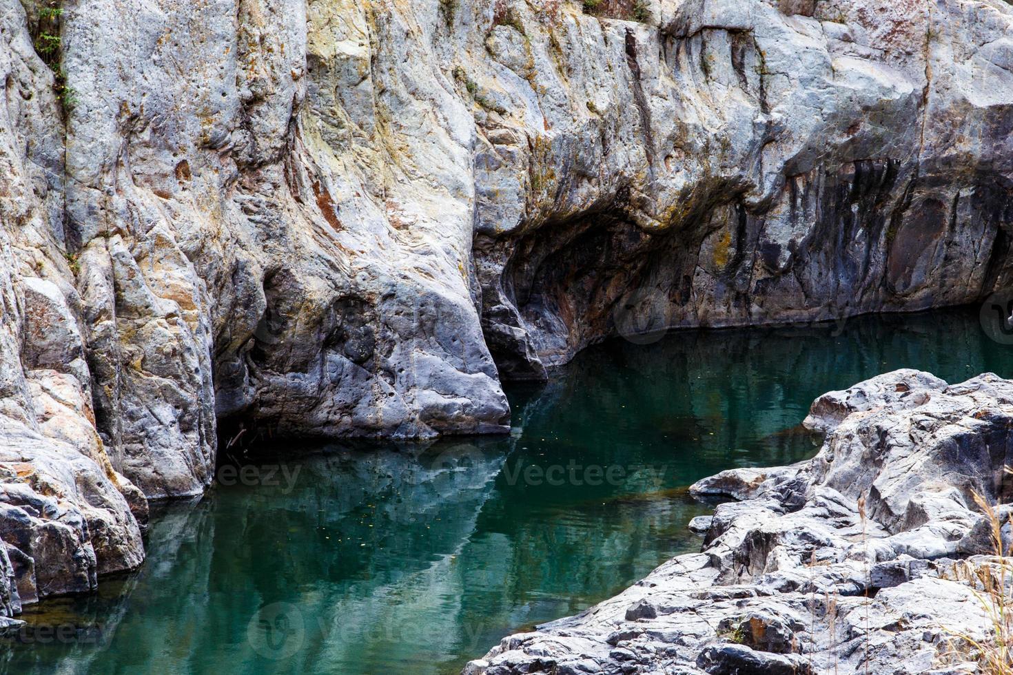 fiume nel canyon somoto, nicaragua foto