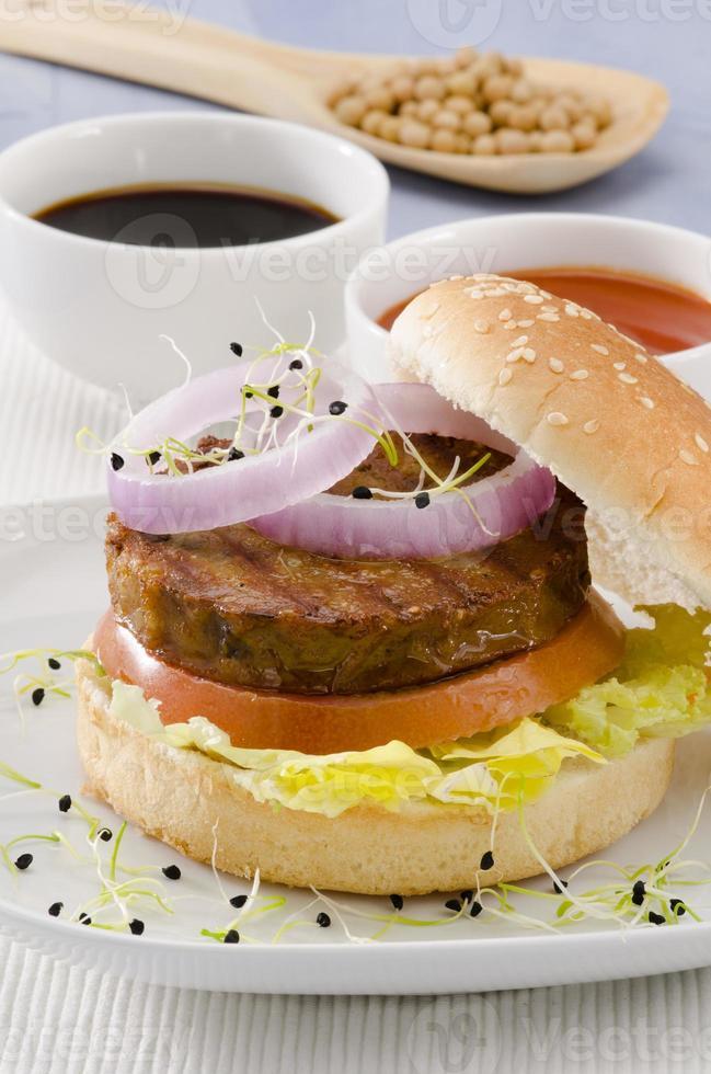 hamburger di tofu vegetariano. foto