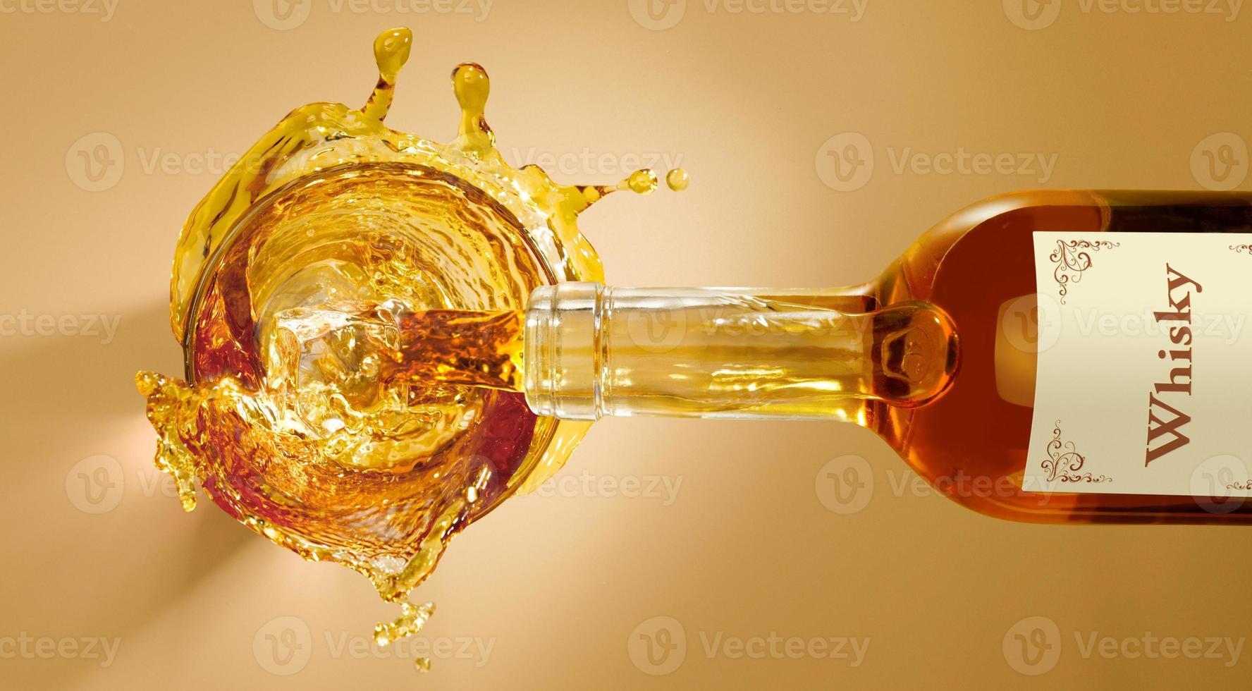 spruzzata di whisky foto
