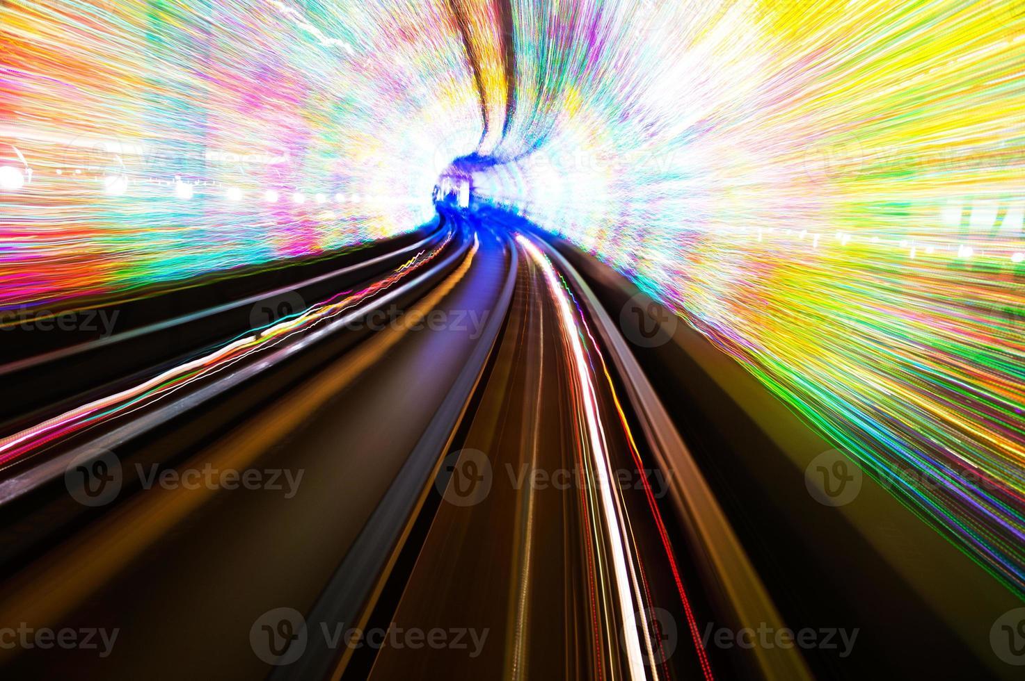 treno in movimento foto