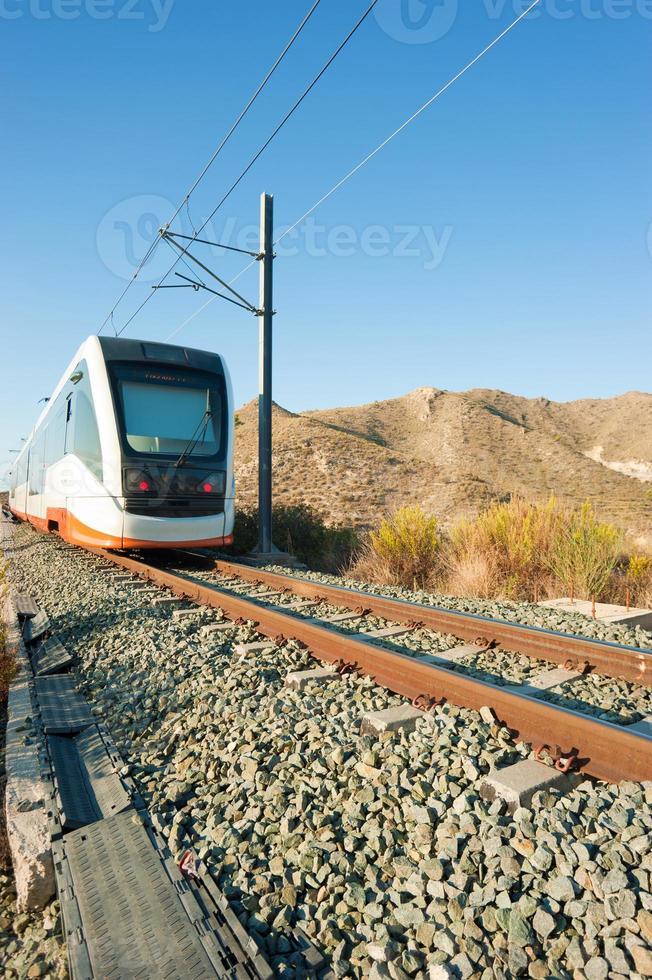 treno in avvicinamento foto