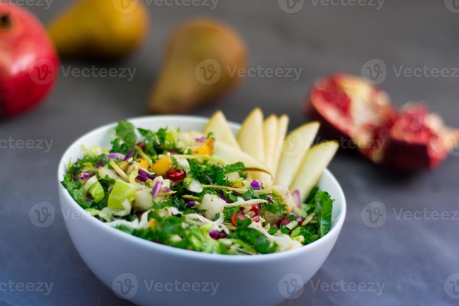 pomegranate_kale_salad foto