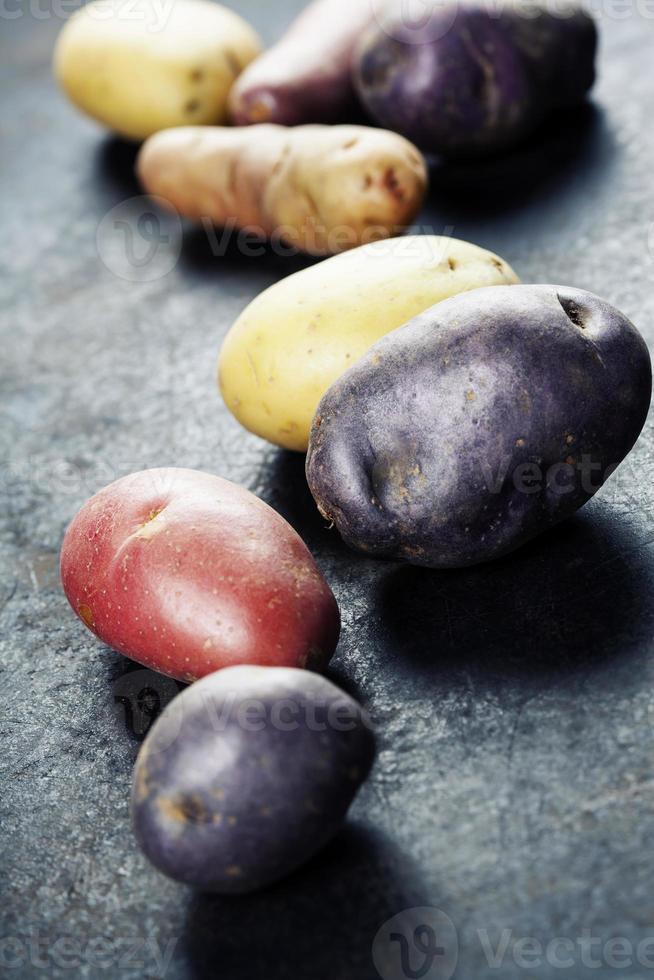 patate crude foto