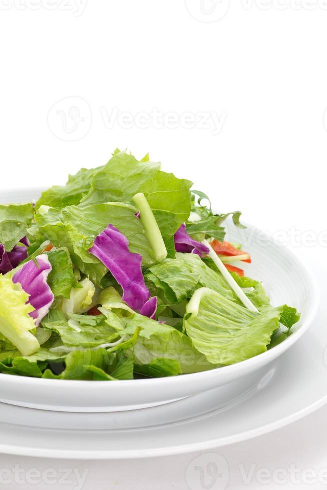 cibo sano di insalata di verdure fresche verde foto