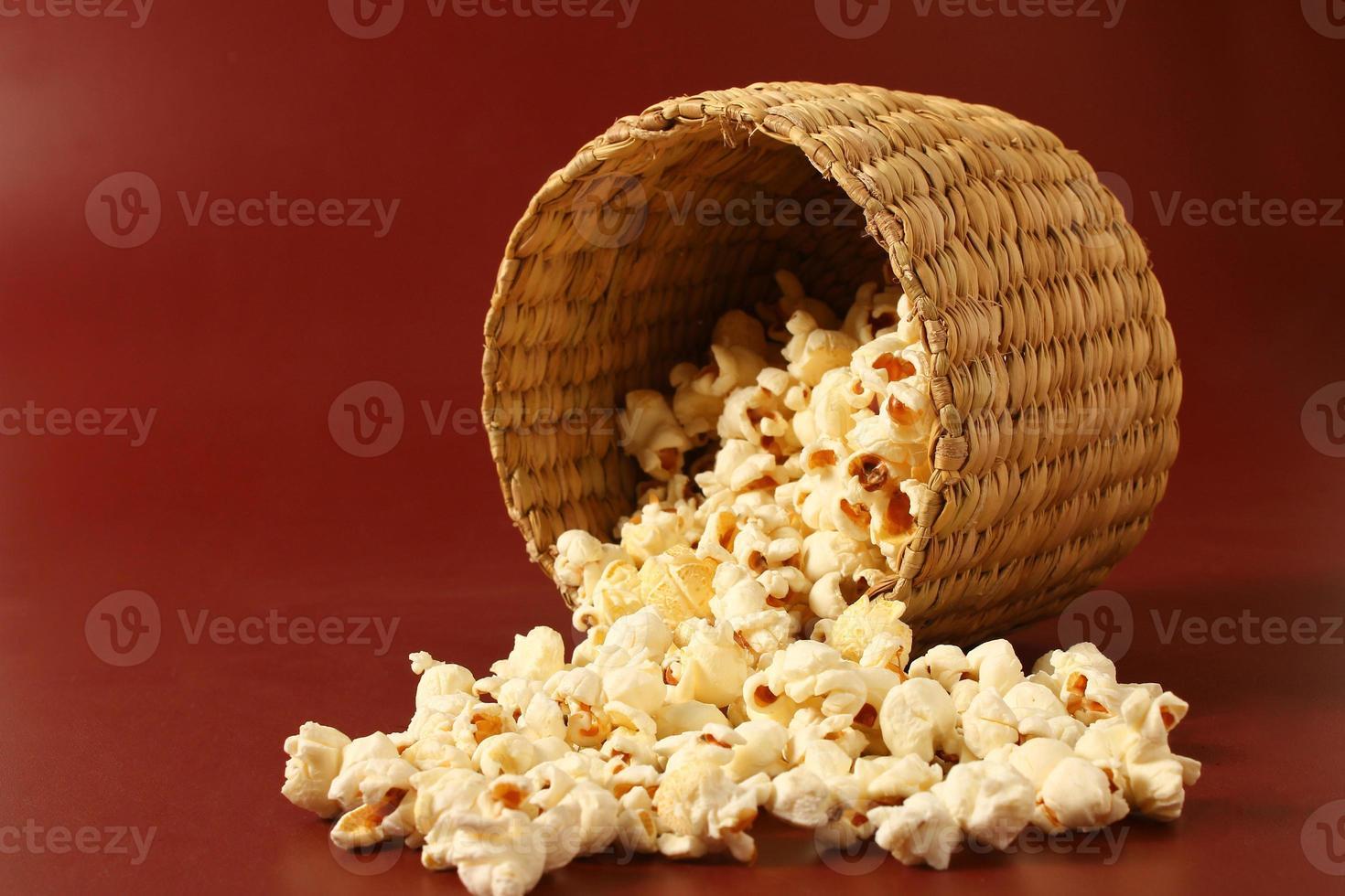 popcorn in ciotola foto
