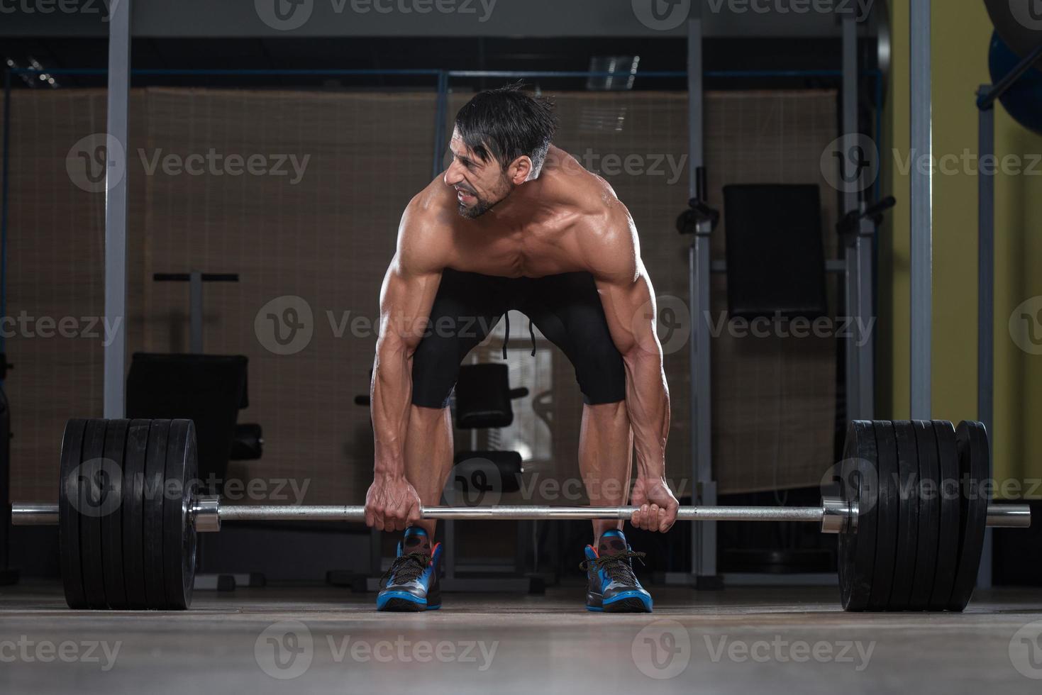allenamento deadlift per la schiena foto