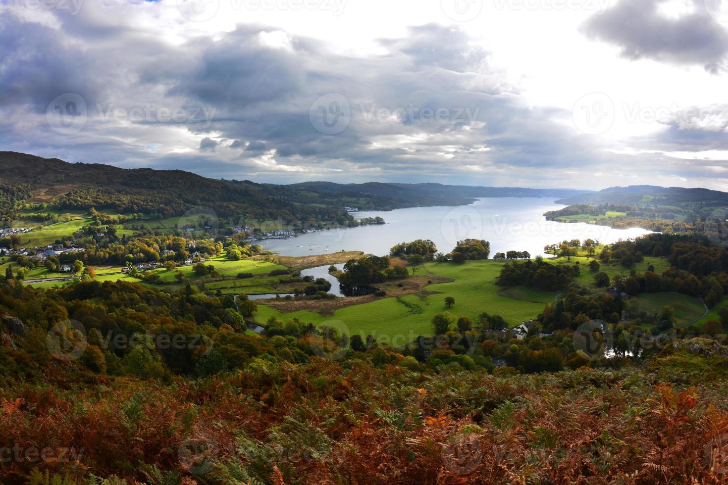 Lake Windermere da Loughrigg è caduto foto