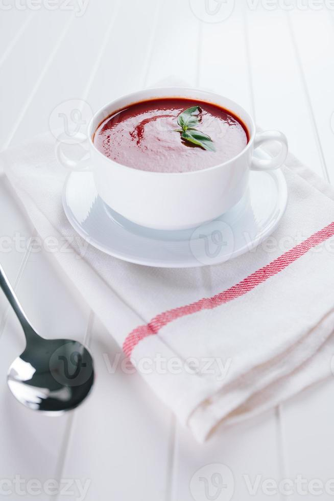 zuppa di pomodoro fresca foto