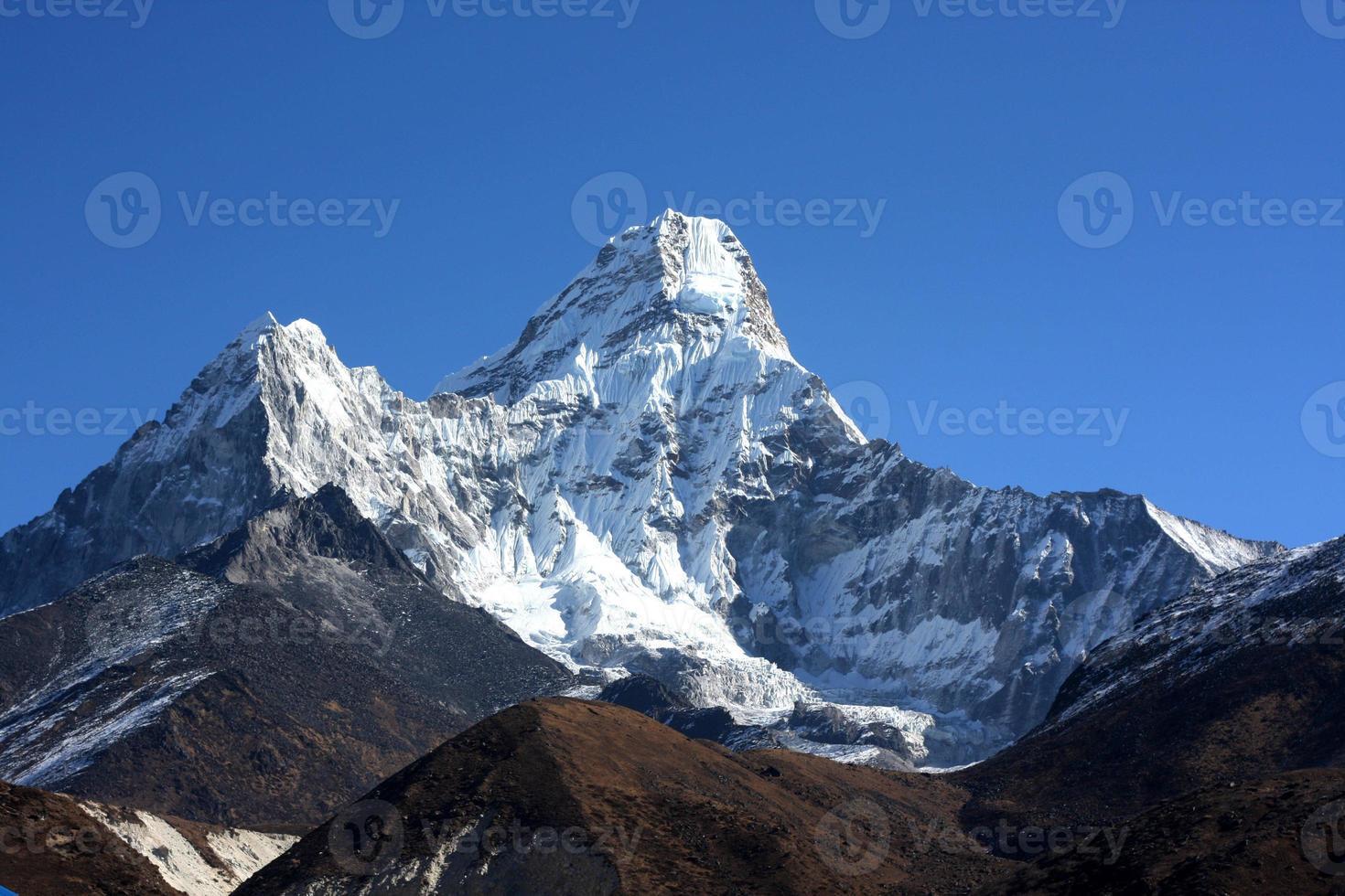 ama dablam mountain foto