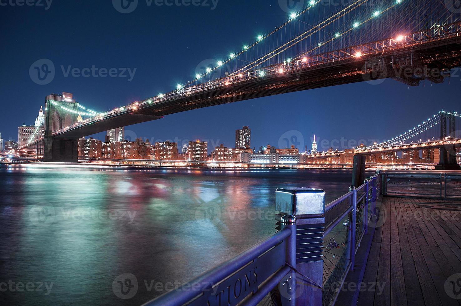 New York City - ponte di Manhattan foto