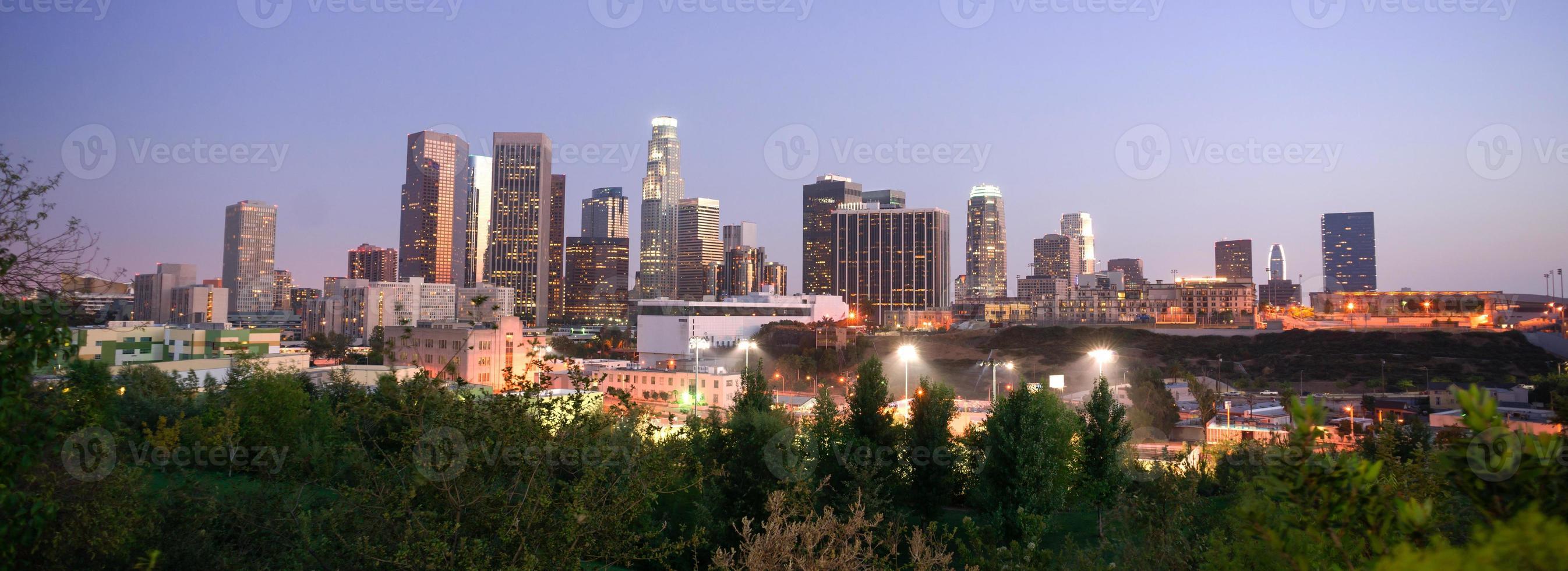 tramonto los angeles california skyline del centro città foto
