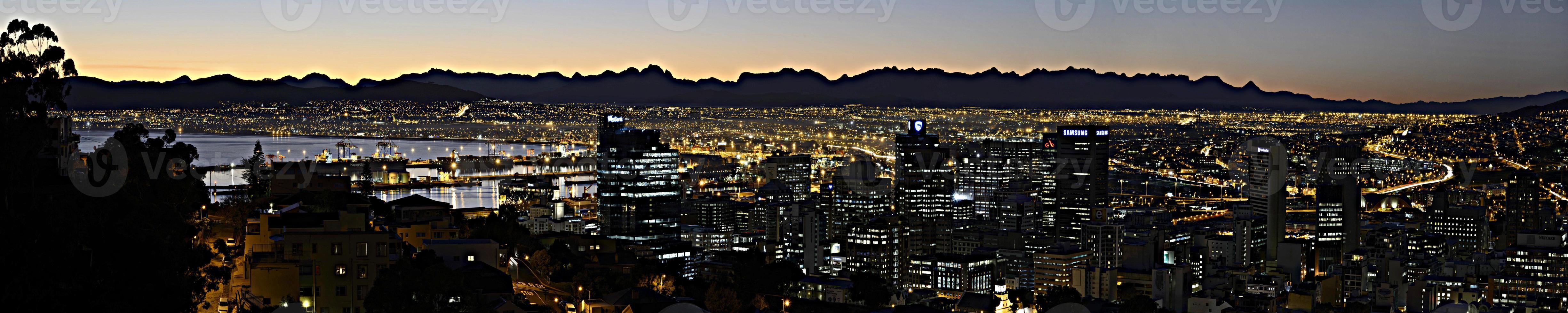 panorama di città del capo che osserva ad est foto