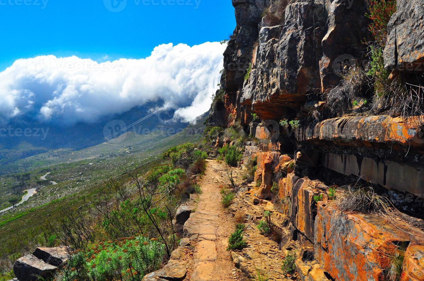 sentiero escursionistico di montagna da tavolo foto
